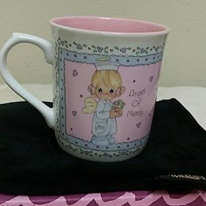 "Precious Moments 1991 ""Angel Of Mercy"" coffee cup"